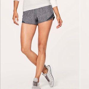 """Lululemon Hotty Hot Shorts II 2.5"""""""